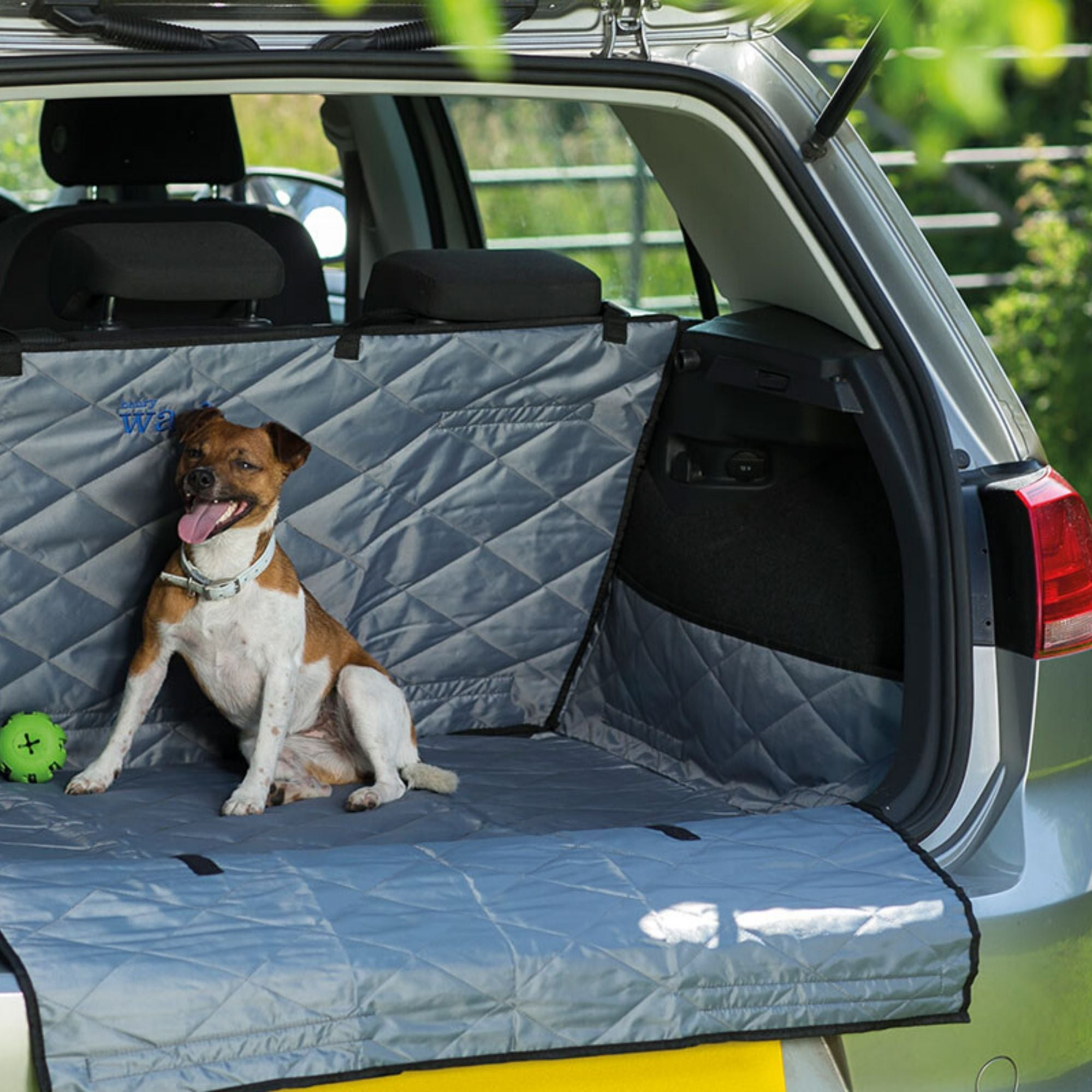 Henry Wag Car Boot & Bumper Protector | Barks & Bunnies