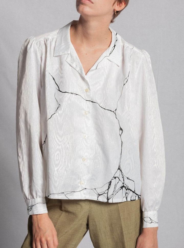 WHITE MOIRÉ BLOUSE