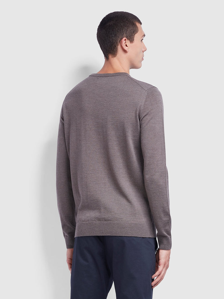 Farah Mullen Merino Wool Crew Neck Jumper - Rich Grey