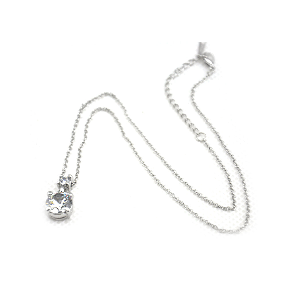 Solitary High Quality Pendant with Silver Chain