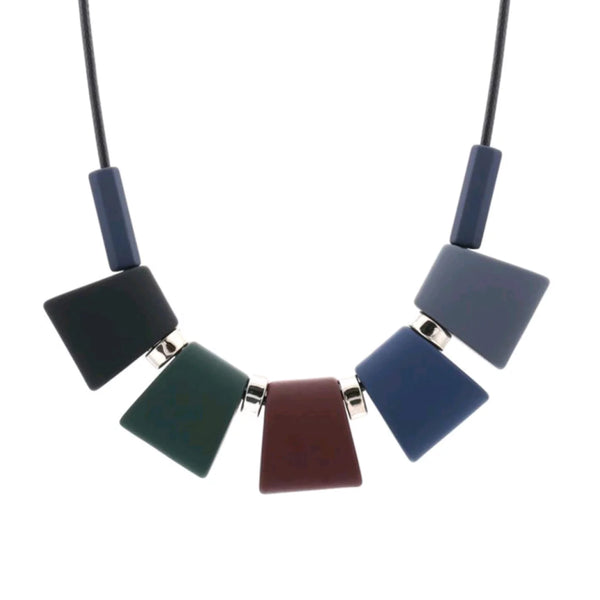 Geometrical 5-shade casual Neckpiece