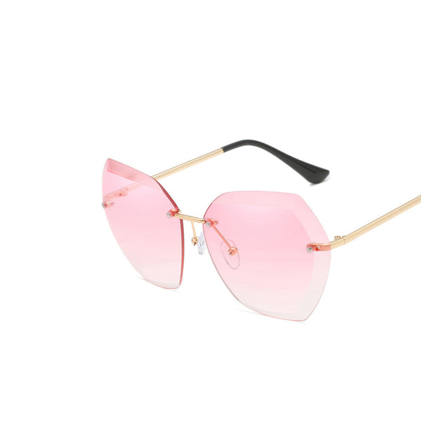 Stay-in-Style Elegant Metal Frame Sunglasses