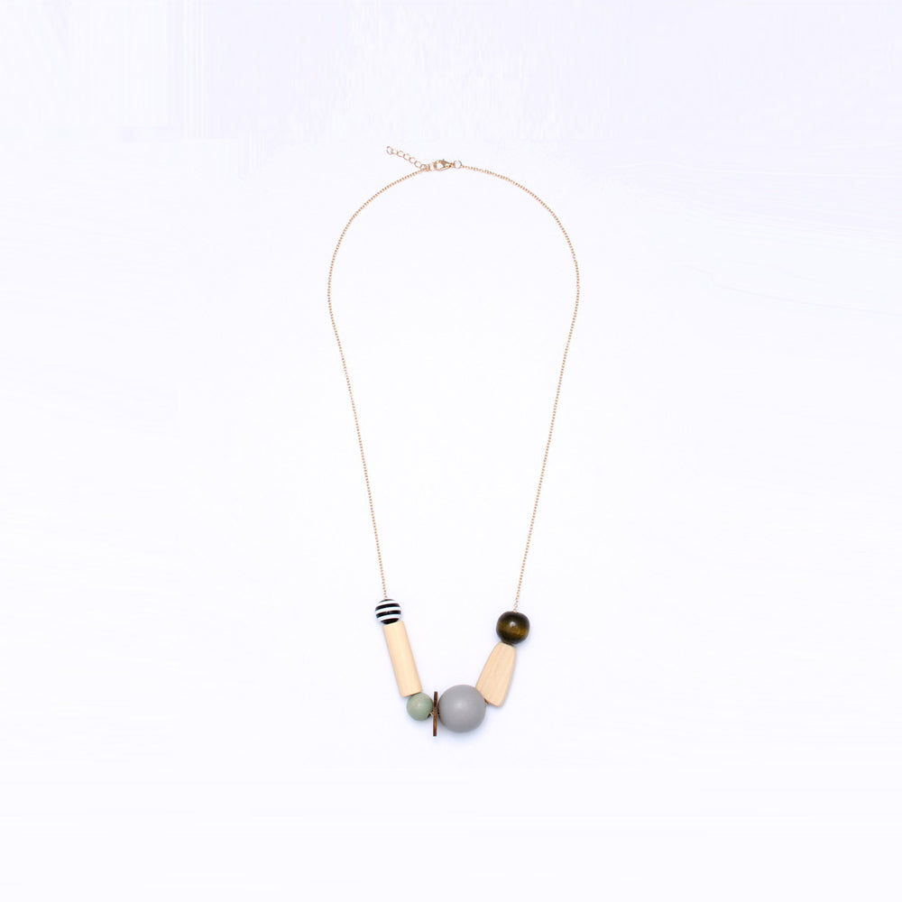 Asymmetrical Crystal Bead Sleek Necklace