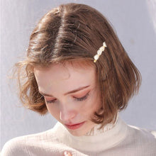 Crystal Embedded Fashionable Hair Pin