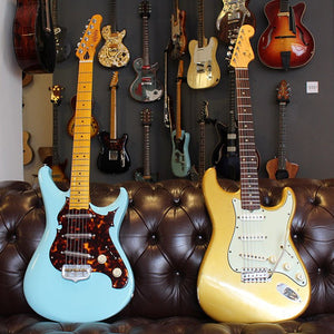 Talking Guitar - 1961 Fender Stratocaster and 2016 Scott Walker Electro Video
