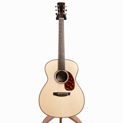 Goodall Traditional OM Acoustic Guitar, East Indian Rosewood & Adirondack Spruce