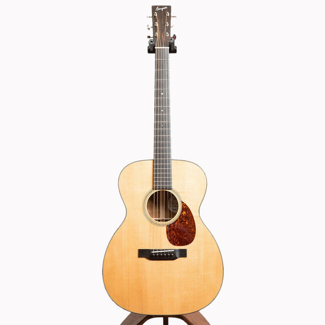 Bourgeois OM Country Boy Acoustic Guitar, Aged Tone Adirondack Spruce & Premium Quilted Mahogany