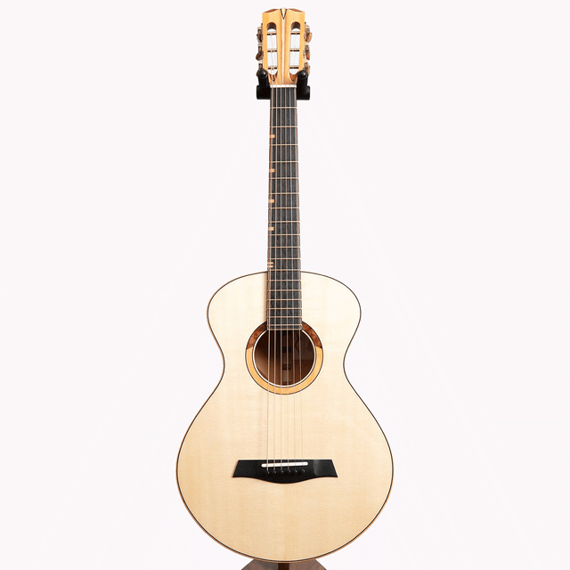 Turnstone TS Acoustic Guitar, Yew & German Spruce
