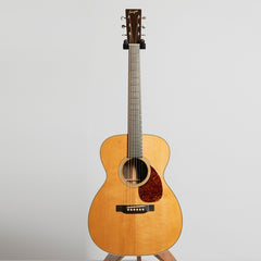 Bourgeois OM Vintage Deluxe AT Acoustic Guitar, Master Grade Brazilian Rosewood & Torrefied Adirondack Spruce