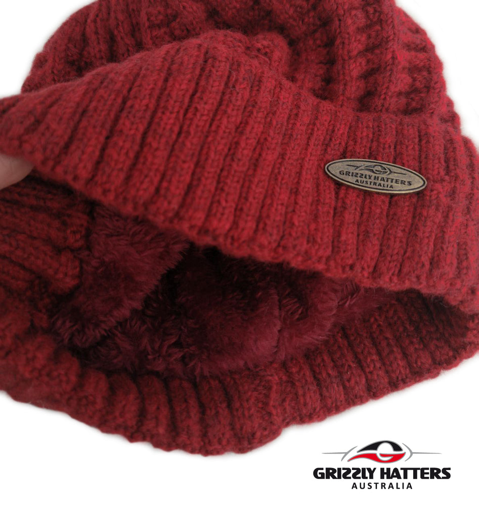 Australian Merino Wool blend Beanie with fleece lining red black colour snug fit