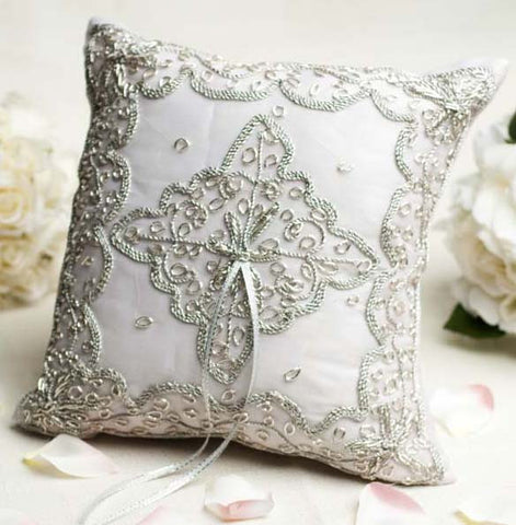 Beautiful Woven Ring Pillow