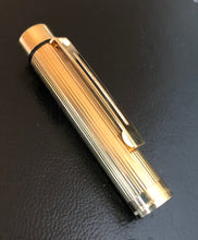 Load image into Gallery viewer, caps - Sheaffer Classic Targa Fountain Pen