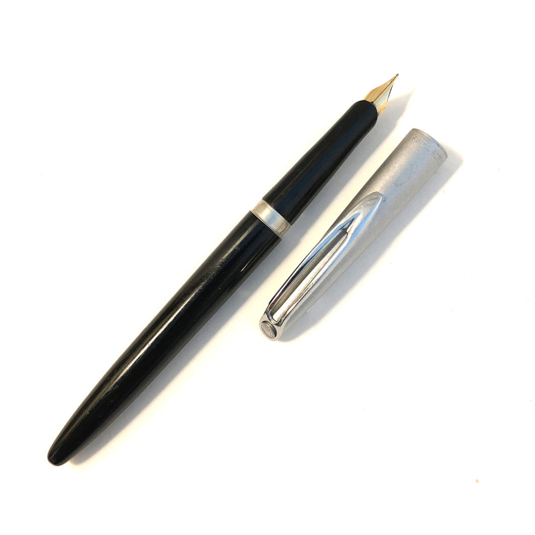 Waterman c/f Stainless steel cap with Black barrel