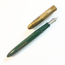 Load image into Gallery viewer, Sheaffer Fineline Green Barrel
