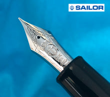 Load image into Gallery viewer, Sailor King of Pens