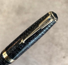 Load image into Gallery viewer, Parker Vacumatic, Pearl Blue