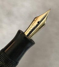 Load image into Gallery viewer, Parker Challenger Deluxe, Green Pearl Celluloid