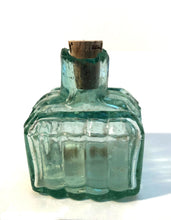 Load image into Gallery viewer, Ink Bottle, Green glass, empty