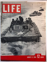 "Load image into Gallery viewer, Sheaffer's ""Triumph"" Lifetime, Life Magazine, August 21, 1944"