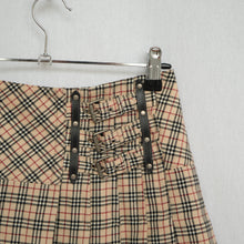 Load image into Gallery viewer, 2000s Burberry Pleated Mini Skirt