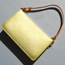 Load image into Gallery viewer, 2000s Louis Vuitton Metallic Vernis Pouch