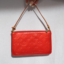 Load image into Gallery viewer, Louis Vuitton Red Vernis Pochette