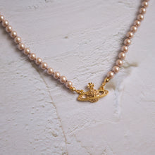 Load image into Gallery viewer, Vintage Vivienne Westwood Pearl Necklace