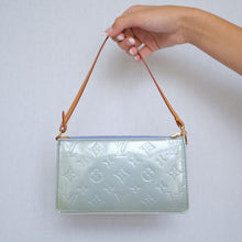 Load image into Gallery viewer, Vintage Louis Vuitton Baby Blue Vernis Pochette
