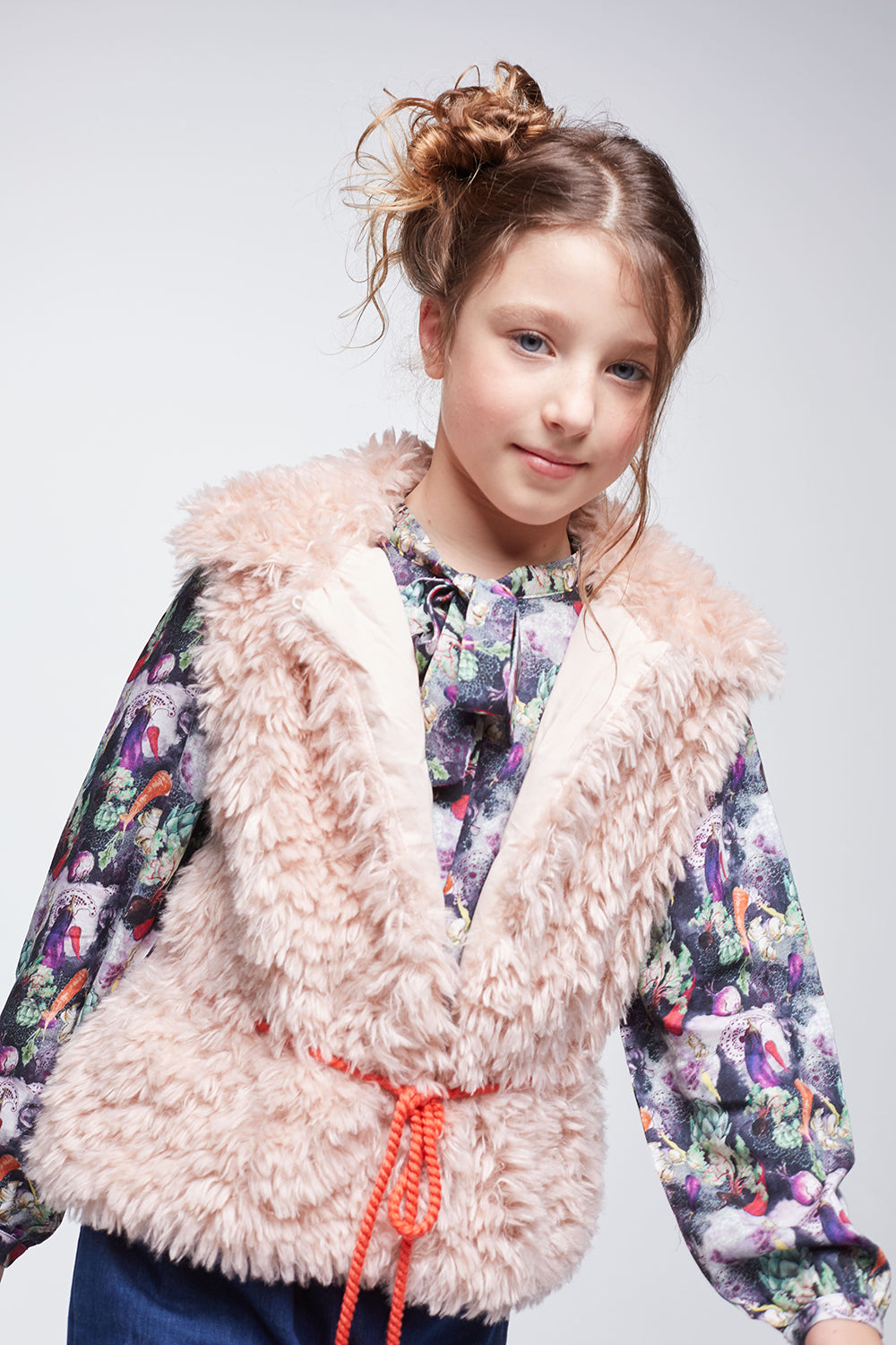 Load image into Gallery viewer, Coco Au Lait BABY PINK FAUX FUR VEST Vest Peach Pearl