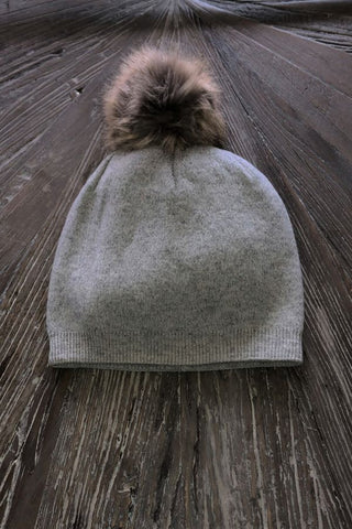 Grey pompom hat -faux fur