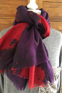 Purple and red striking  print  Pashmina
