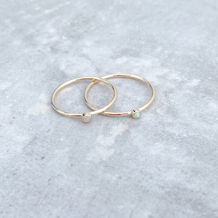 Solid 14ct Yellow Gold Opal Ring