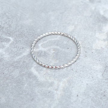 925 Sterling Silver TWISTED Skinny Ring