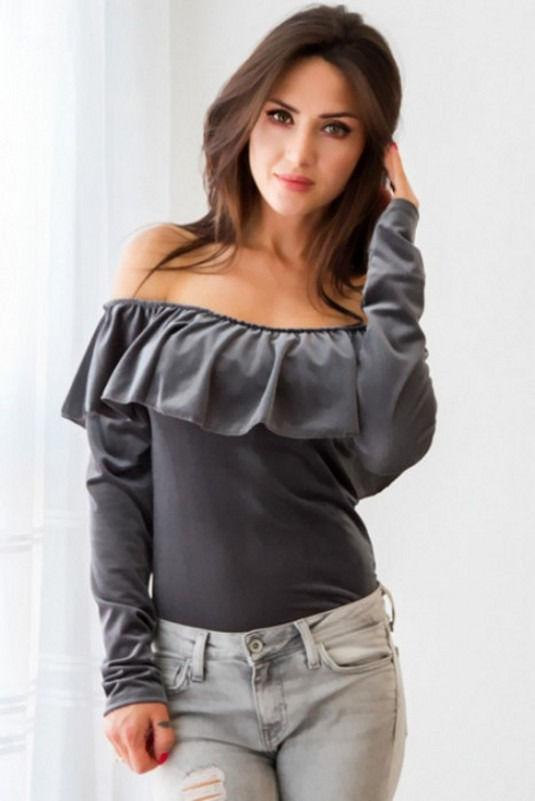 Women velvet ruffles t shirts - Les Value