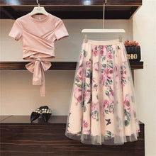 Load image into Gallery viewer, Women Crop Top skirt set - Les Value