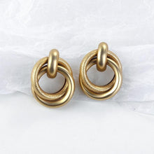 Load image into Gallery viewer, Gold Colour Earrings - Les Value