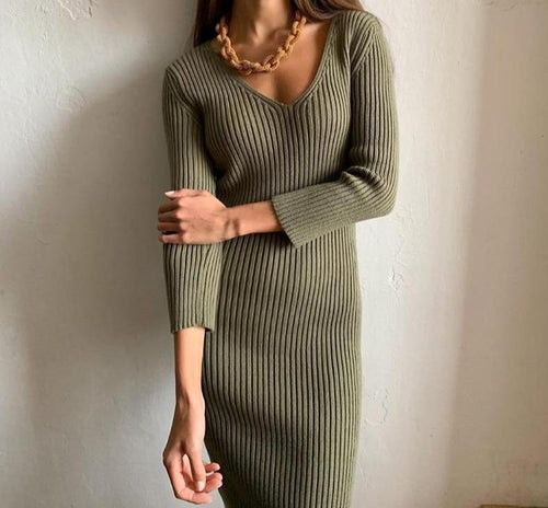 Women long sweater dress outfit