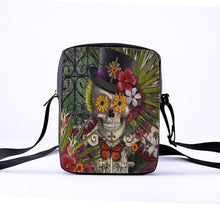 Laden Sie das Bild in den Galerie-Viewer, Crossbody Messenger bags for women or girl child - Les Value
