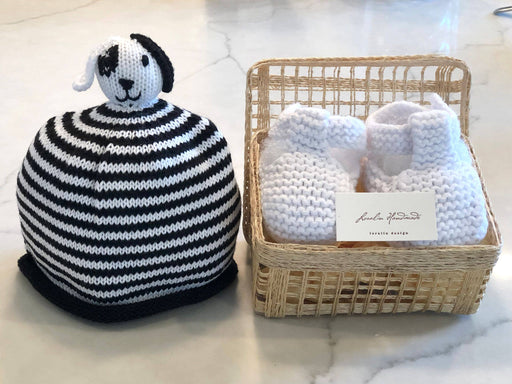 Animals Booties and Hat Set in Basket - Kradle Me