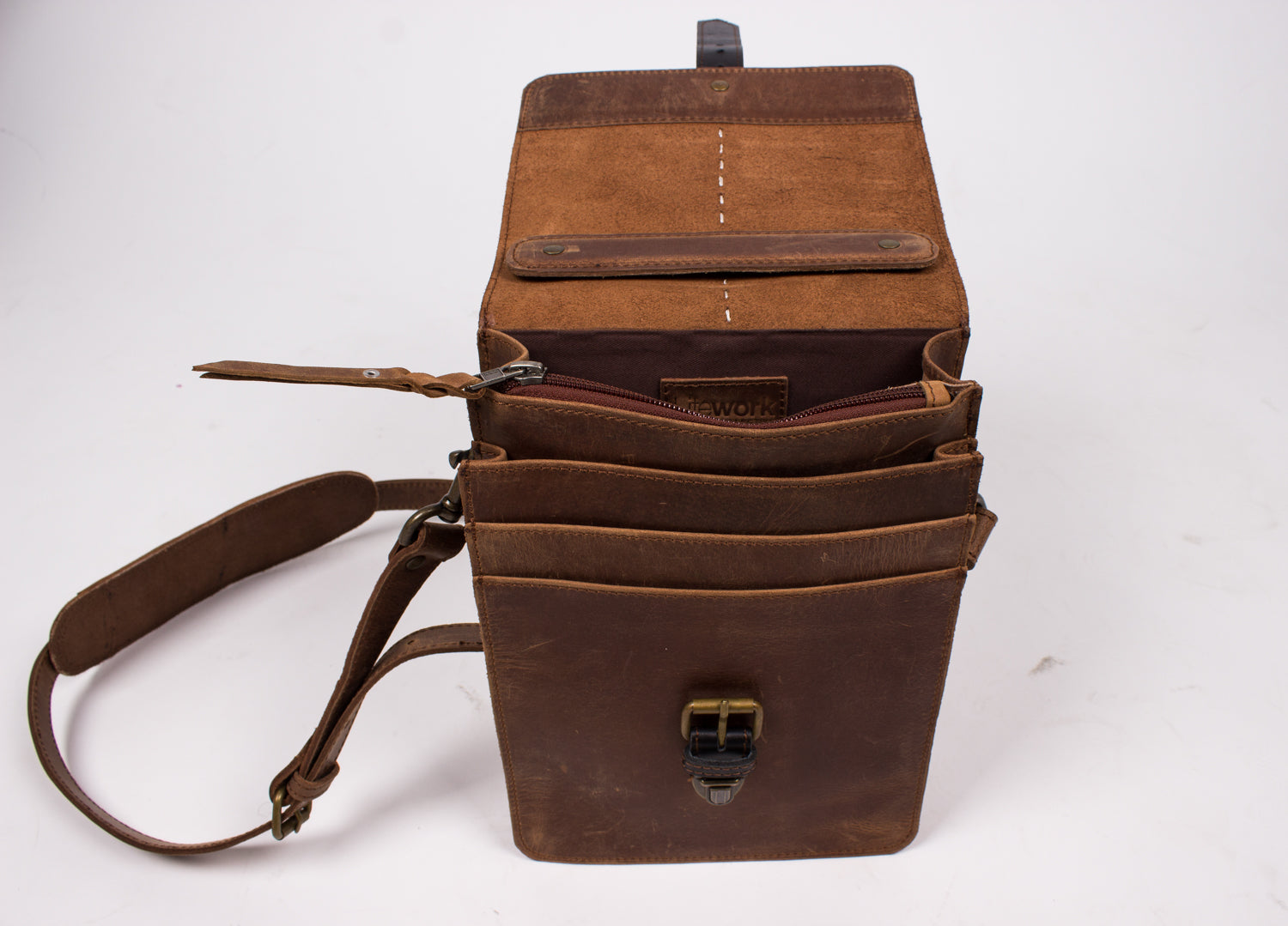 Distressed Leather Travel Messenger