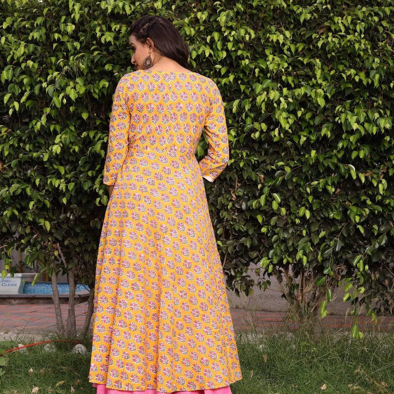 yellow shrug with gown indowestern