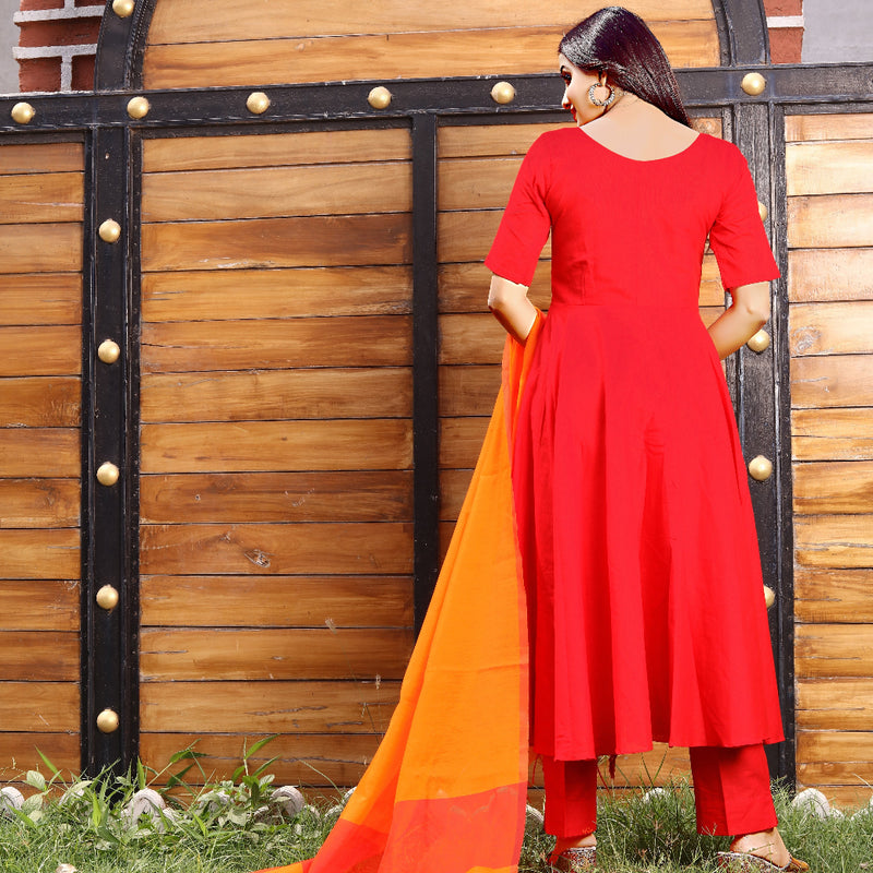 back view of cotton red and orange dress with dupatta