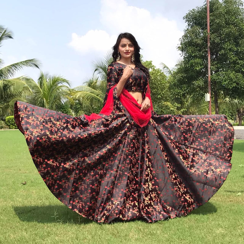 simple lehenga choli with net dupatta