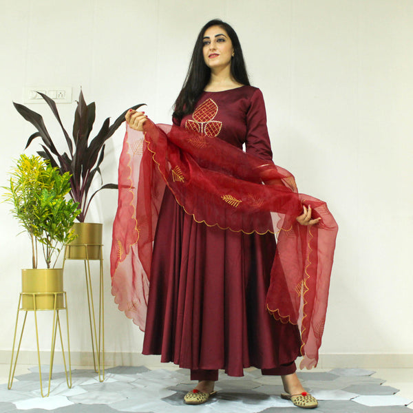 YOUNARI GARNET JAM SUIT SET DRESS