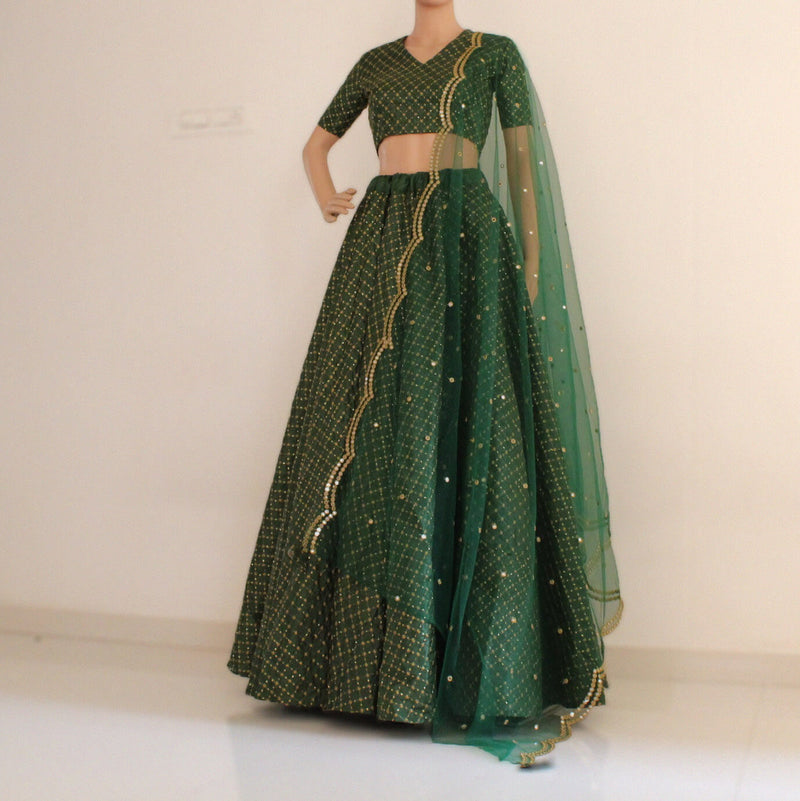 green lehnga choli with net dupatta