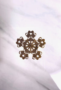 """Small Snowflake"" Antique Brass Filigree (25mm)"