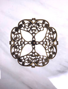 """Four Points"" Antique Brass Filigree (47mm)"