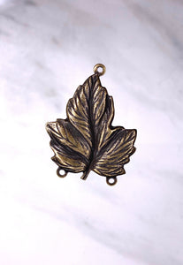 """Large Leaf"" Antique Brass Pendant (27mm x 35mm)"
