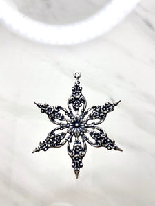 """Victorian Snowflake"" Antique Silver Filigree Pendant (49mm)"