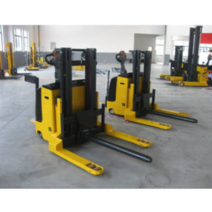 Electric Stacker with Post